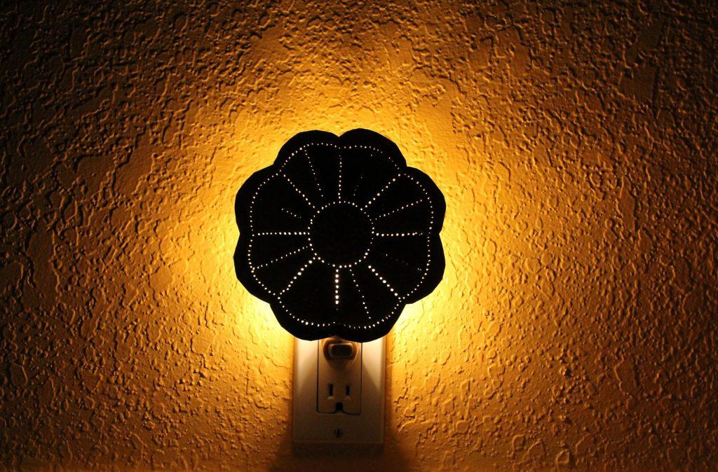 night-light-1424359_1920
