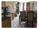 Kitchen, living room, meja makan