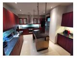 Sewa Apartment Pakubuwono Residence 3+1 BR 303 m2 Luxurious Unit