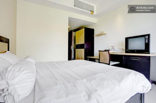 Sewa apartemen new kuta condotel apartment new kuta for Small meeting room jakarta selatan