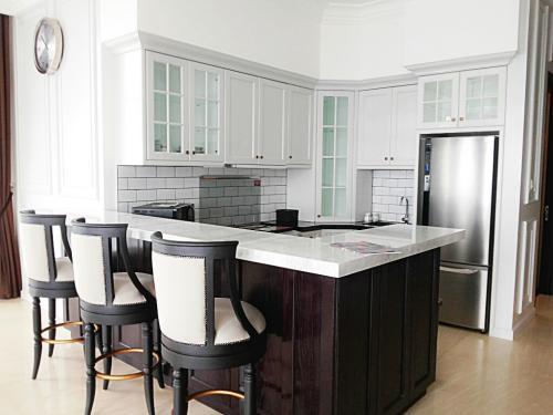 Sewa Apartemen Senopati Suites 3 1 Bedrooms Full
