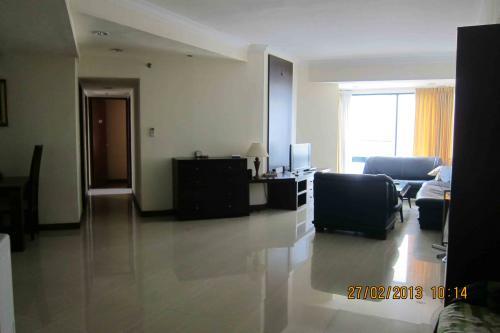 Apartemen Taman Anggrek Dijual 3 Br Furnished