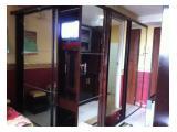 cabinet (lemari pakaian,meja make up dan TV set dalam satu lemari)