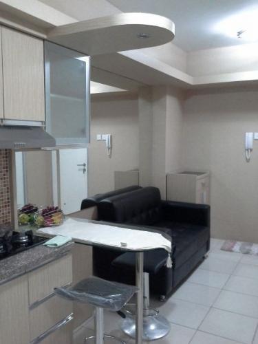 Sewa apartemen green bay pluit 2 br full furnished 72355 for Apartment name design