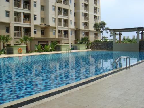 2 BR Mediterania Garden Residence 2 Jopi 5 Jakarta Indonesia