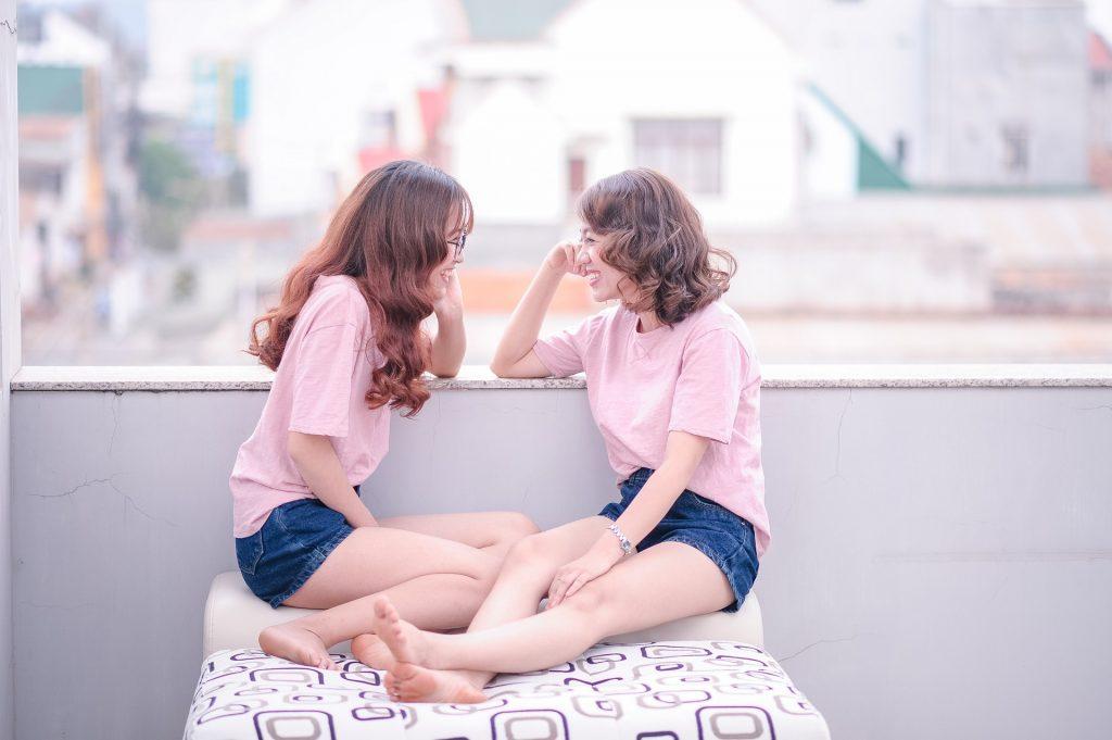 girls-1733357_1920