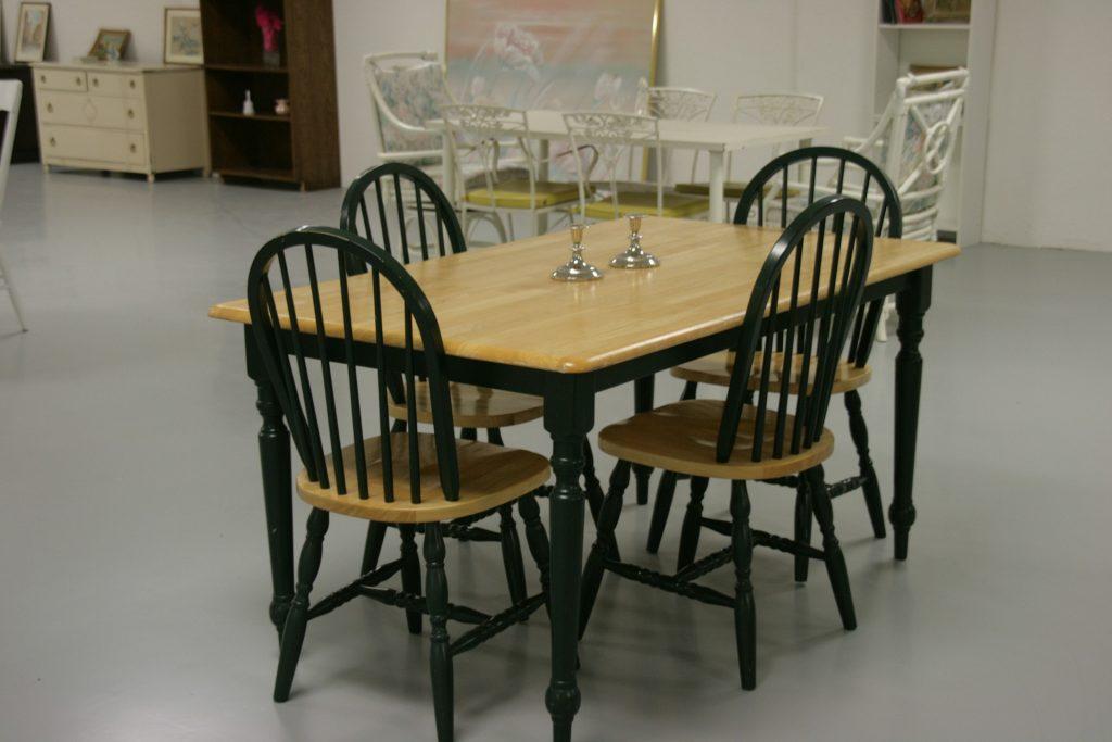 dining-room-275843_1920