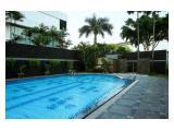 Luxury 2BR Parama Apartment By Travelio
