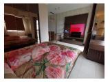 View dari bedroom ke arah meja makan dan tv