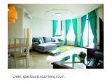 cozy & spacious living room