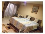 King Sized Bed & Sofa Bed & AC & Window